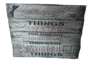 The little things square wall hanging